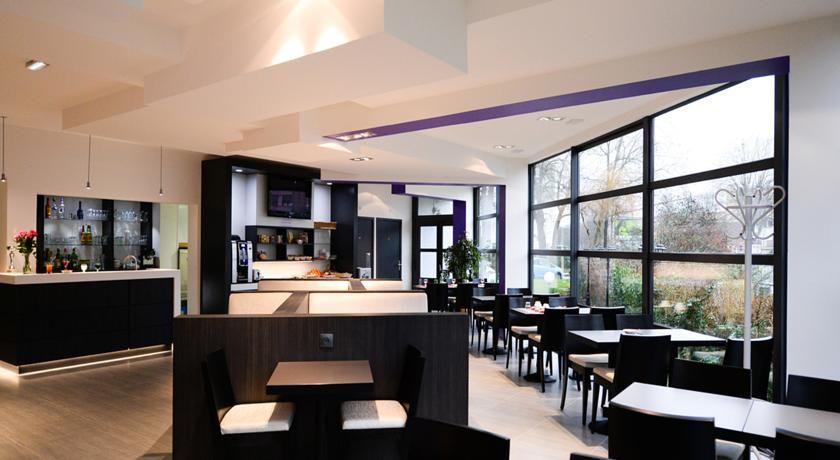 Bar – Hôtel – Restaurant